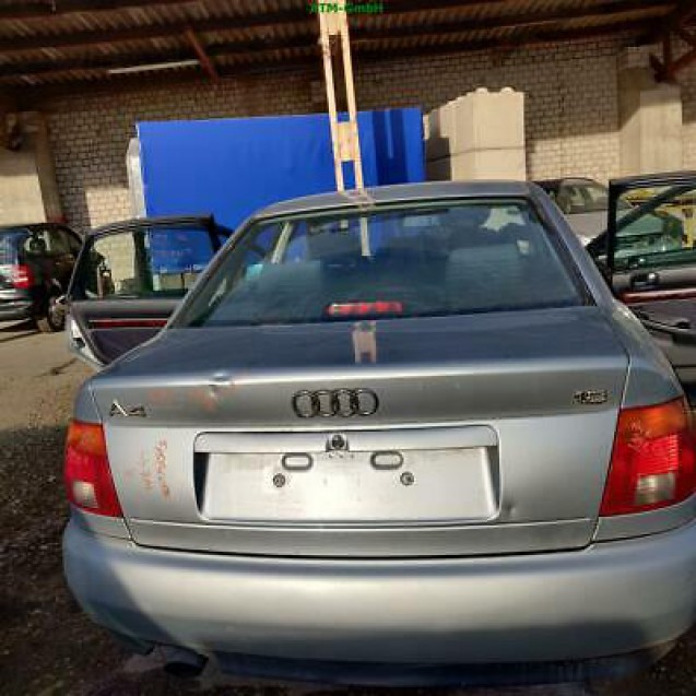Heckklappe Audi A4 Limousine Farbcode LY7M Farbe Alusilber Silber Metallic