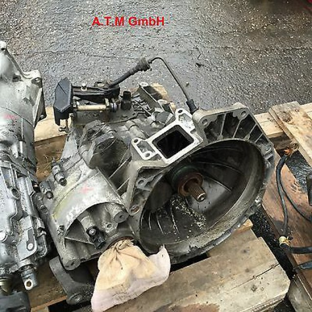 Getriebe Schaltgetriebe Ford Mondeo 3 2,5 125 KW Getriebecode 1S7R7002FD 109 TKM